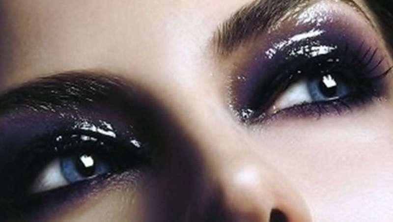 Glossy eyes ou efeito brilho molhado: nova tendência em maquilhagem