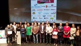 A Associação de Iniciativas Empresariais concedeu a Sapphire, empresa de fabrico e venda de lasers de díodo para depilação e aparelhos médico-estéticos, o prémio de Melhor empresa Consolidada de Valladolid, em reconhecimento do seu trabalho