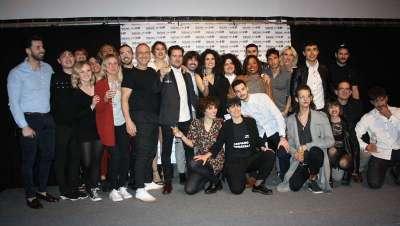 Más de 200 personas asisten al show de Art Director de Amparo Carratalá