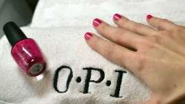 Se trata de un protocolo de 60 minutos, realizado con productos OPI Professionals, y destinado a cuidar manos y uñas en un entorno de máxima relajación