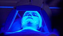 La firma apuesta por un tratamiento basado en la fluorescencia o fotobiomodulación para abordar esta patología