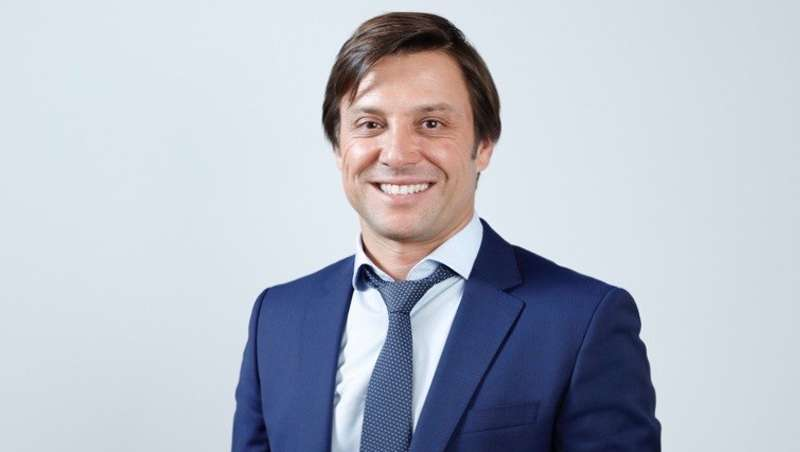 Dr. Vicente Lajo Plaza: 'Ácido hialurónico y toxina botulínica, el grueso de trabajo de cualquier consulta'