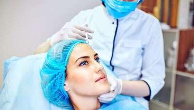 Los enfermeros no son médicos estéticos