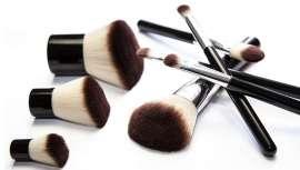 Cosmogen y Pylote han firmado un acuerdo comercial e industrial para distribuir accesorios y envases fabricados con una innovadora tecnología de microesferas antibacterianas a las marcas de maquillaje y cuidado de la piel