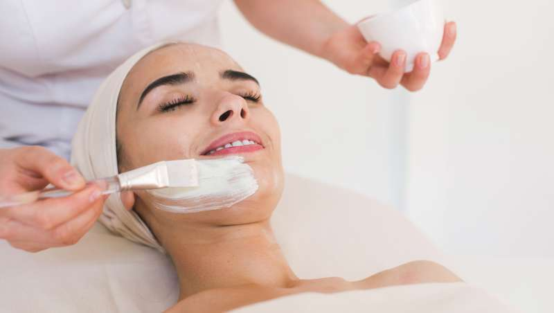 Ácido glicólico, potente ativo anti-idade para renovar a pele