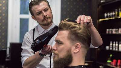Indústrias Oriol apresenta o seu novo catálogo de barbearia para o grooming masculino