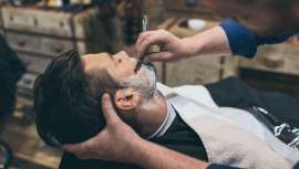 O boom de barbearias e o retorno de barbas e bigodes como símbolos da identidade masculina tiveram uma influência negativa no faturamento dos fabricantes de produtos de barbear
