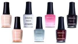 En total son 30 colores los que componen el nuevo catálogo de esmaltes que cubren todas las necesidades para llevar unas uñas a la moda
