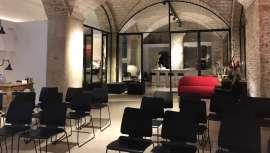 Tras el éxito de Studio Beauty Market Barcelona, espacio polivalente para presentaciones de empresas y eventos, demostraciones, talleres, conferencias y debates, ahora podrás disfrutar de Studio Beauty Market Madrid