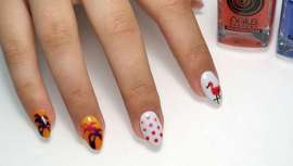 La última novedad de Nails Factory hace que las uñas cambien de color. Pues este varía con la temperatura, gracias a sus componentes termocromáticos