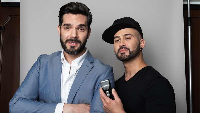 Un dúo a la última, Daniel Alvarado, estilista y Carlos Athié, artista