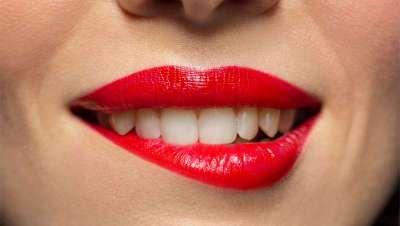 Labios perfectos con motivo del Día Mundial de la Sonrisa
