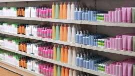 Pravana, firma especializada en coloración y productos de cuidado capilar para el salón con sede en California (Estados Unidos), se comercializará a través de los puntos de venta CosmoProf y Armstrong Mc Call, gracias a esta colaboración mutua