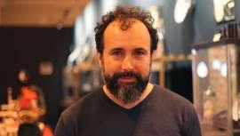 El barbero Sebastián Forner trae a Ifema su gran exposición de utensilios de barbería de todos los tiempos