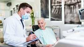El innovador procedimiento Zaga utiliza el hueso del pómulo para colocar dientes fijos en pacientes que han perdido el hueso maxilar y no se pueden colocar implantes regulares.