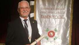 En vanguardia y con una larga e intachable trayectoria, el Dr. Antonio Licitra ha sido nombrado miembro académico de la Academia de Ciencias de la Salud Ramón y Cajal, dada su extensa y destacada labor en el campo de la salud y la medicina estética