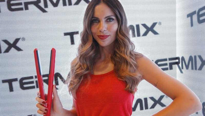 Termix apuesta por el rojo con la nueva styler 230º Passion Red