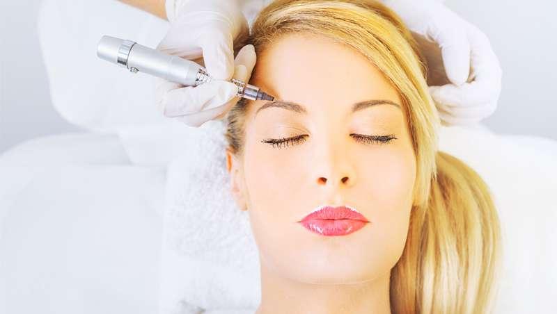 Barcelona Beauty School convoca un curso de micropigmentación facial