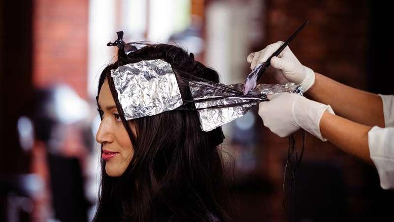 La FDA prohíbe el uso del plomo, ingrediente tóxico, utilizado en los tintes para el pelo