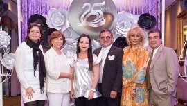 Las bodas de plata de la firma se han convertido también en un día muy especial para centenares de clientes y equipo, incluyendo a parte del staff de la matriz española y distribuidores procedentes de México y Colombia