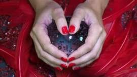 La firma Ten Image lanza sus Pure Red, Pomegranate, Pearl Garnet y Pearl Rubí para brillar estas fiestas