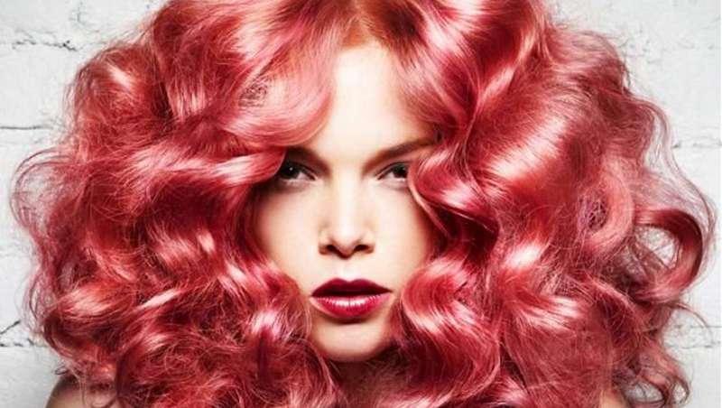Living Coral, a cor do ano, tendência para o cabelo