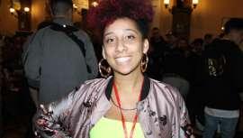 Victoria Vice Thompson ha participado en la Golden Chair International como formadora y jurado. Thompson compagina su trabajo en Beast Mode con la fundación Fam 1st, cortando el pelo gratis  a niños sin recursos