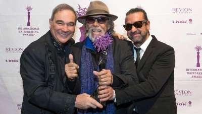 Lluís Llongueras recibe el premio 'Leyenda de la Peluquería' en los International Hairdressing Awards
