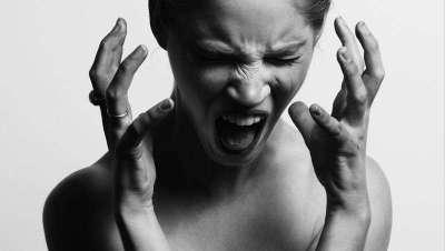 Nuestros estados de ánimo afectan a la piel y nos envejecen