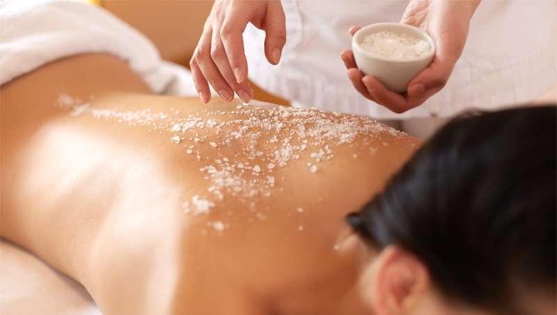 Benefícios cosméticos de sal