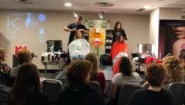 Alcántara Cosmética organizou este seminário onde se deu a conhecer as últimas tendências em cabeleireiro aos profissionais presentes