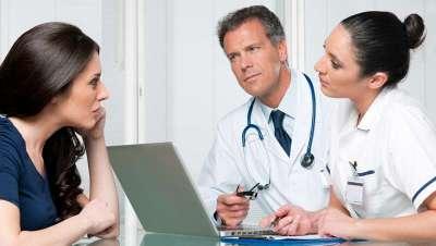 El médico estético debe informar debidamente a su paciente, asegura la SEME