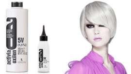 Da linha Activia Oxilen de Lendan Cosmetics, o oxidante de 5 volumes, novidade da marca, é ideal nas colorações tom sobre tom e diferentes técnicas, sendo compatível com qualquer coloração da marca