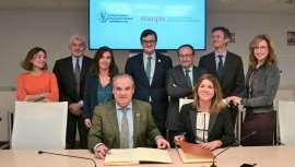 Stanpa y el Consejo General de Farmacéuticos promoverán la información científica y el asesoramiento profesional en el uso de productos de Dermofarmacia, a través de la firma de un convenio pionero