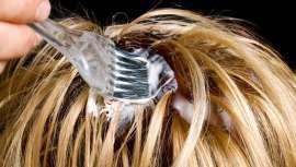La oxidación del cabello no se produce solo a la hora de teñirlo sino también por el paso del tiempo y agentes externos y medioambientales que lo estropean y envejecen. Revisamos las bases científicas de este suceso y la mejor manera de evitarlo