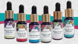 Gandiva, cosmética natural en la piel, vuelve a sorprendernos con su línea Premium. Aceites puros y artesanales, directamente de la naturaleza para beneficios extraordinarios y experiencias de belleza únicas y saludables