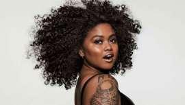 Por vez primera, un mujer afro-hawaiana es modelo de una campaña de cosméticos en Estados Unidos. Se llama Taija Kerr y es el vivo ejemplo de que la diversidad triunfa en el marketing de la belleza en el mundo