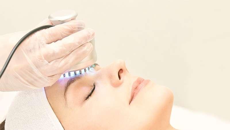 La SEME enumera los requisitos para trabajar tratamientos con luz