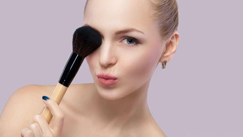 Colorete, el toque mágico del maquillaje profesional