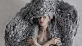 El estilista gallego Carlos Bardullas se coloca en la semifinal de los prestigiosos premios internacionales de peluquería TCT organizados por Live Fashion Hair con su colección de esculturas capilares