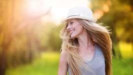 Llongueras facilita trucos de experto que permitan al cabello sobrevivir a los estragos de la época estival y las altas temperaturas