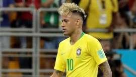 Ex-jogador do Barça tem sido alvo de posts, tweets e uma série de comentários com o novo corte exibido durante a estreia do Brasil no Mundial