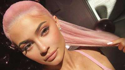 O frosted pink, de Kylie Jenner, passo a passo