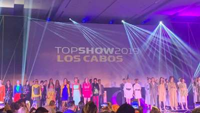 El Top Show Revlon reúne a 700 profesionales de la belleza en Los Cabos (México)