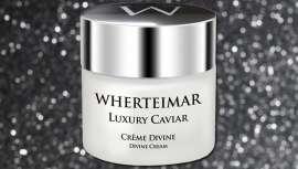 El efecto de esta crema es reafirmante y tensor, ayudando a disminuir las arrugas y a rejuvenecer el aspecto de la piel