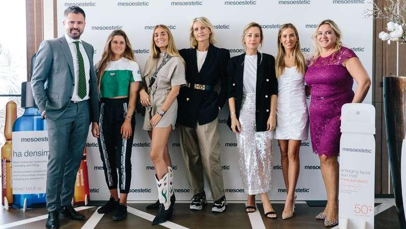 Gisela Pulido, Priscila Betancort, Marta Carriedo, Ares Aixala y Patrizia Casarini, embajadoras mesoestetic
