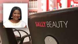 Con una destacada trayectoria en el mundo de la gestión y ventas en el mercado de la belleza, April es ahora la nueva vicepresidenta de BSG y sus tiendas para profesionales CosmoProf y Armstrong McCall