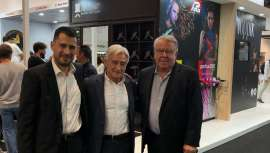 Los últimos modelos de secadores profesionales de la famosa firma Parlux, triunfan en Salón Look y en el estand del distribuidor de la marca para España, Fama Fabré