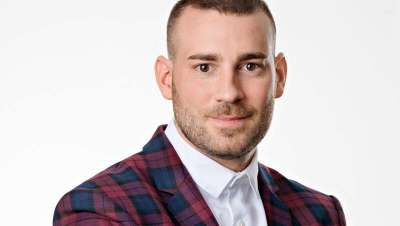Paco Vanaclocha: 'Educamos al cliente en el conocimiento de su propio cabello e imagen'