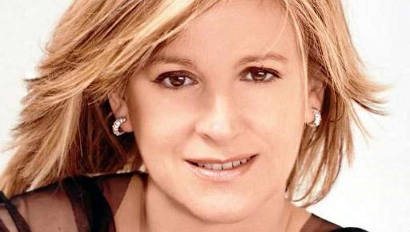 Los ZIWA reconocen a Yolanda Aberasturi mejor peluquera de novias del país